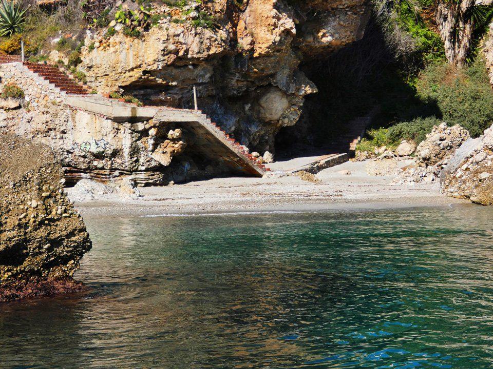 Boat-trips-tours-costa-del-sol-axarquia-torre-del-mar-nerja-maro-costaboattrips-com-15