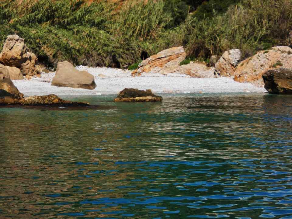 Boat-trips-tours-costa-del-sol-axarquia-torre-del-mar-nerja-maro-costaboattrips-com-wild-swimming-children-fun-snorkeling