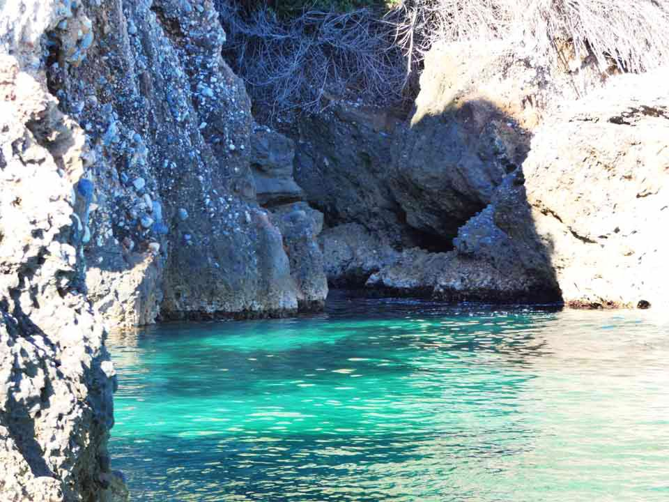 Secluded-cove-white-beaches-boat-trips-tours-costa-del-sol-axarquia-torre-del-mar-nerja-maro-costaboattrips-com-25