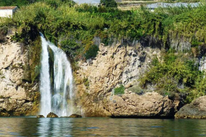 boat,trips,tours,cruise,costa,del,sol,axarquia,torre,del,mar.nerja,maro,costaboattrips.wildlife,waterfall,cliffs